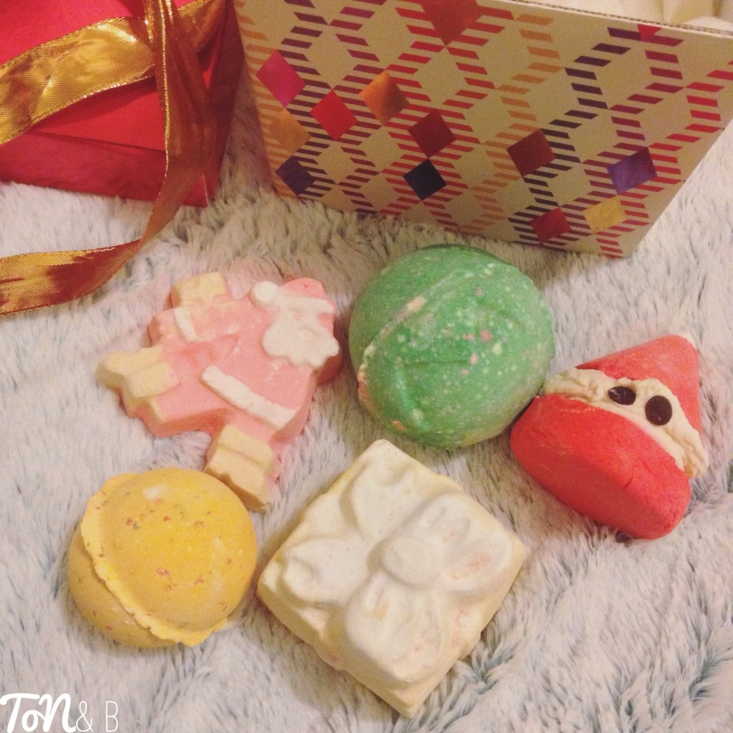 Lush Merry Christmas Gift Box