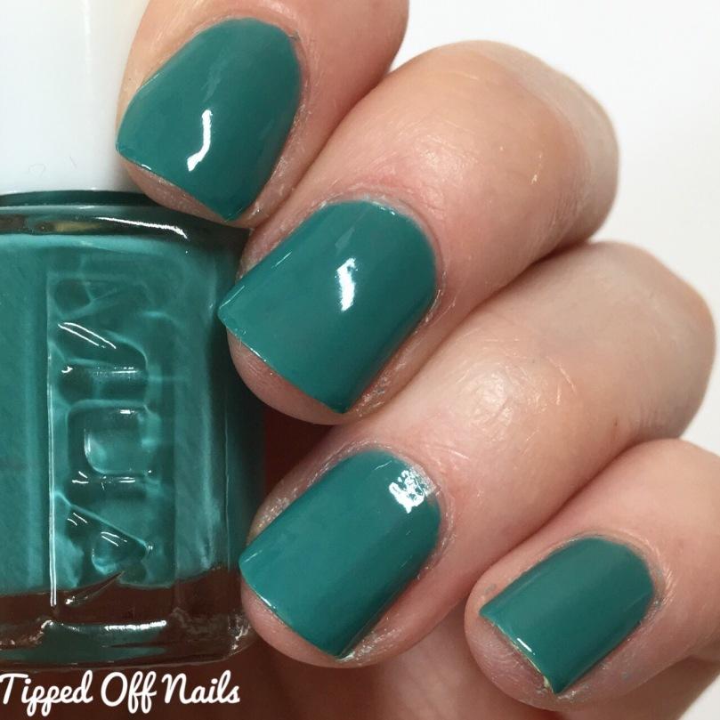 MUA Orchid nail polish swacthes
