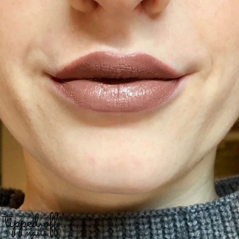 Makeup Revolution Retro Luxe Matte Lip Kits Swatches and Review: ECHELON