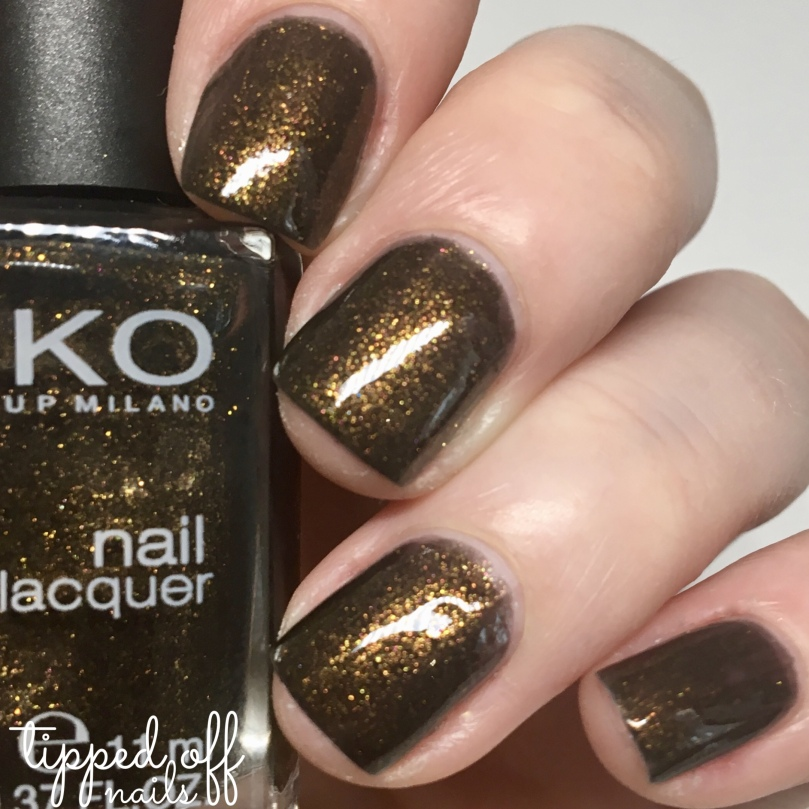 Kiko Milano Nail Lacquer Swatch. 514 Pearly Golden Sand