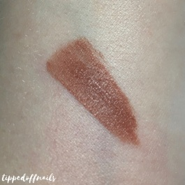 Collection Velvet Kiss Caramel Swatch