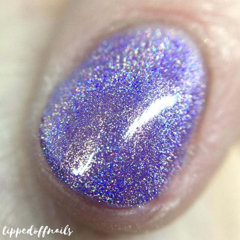 Primark Insta Girl Chrome holo nail lacquer Lilac Chrome