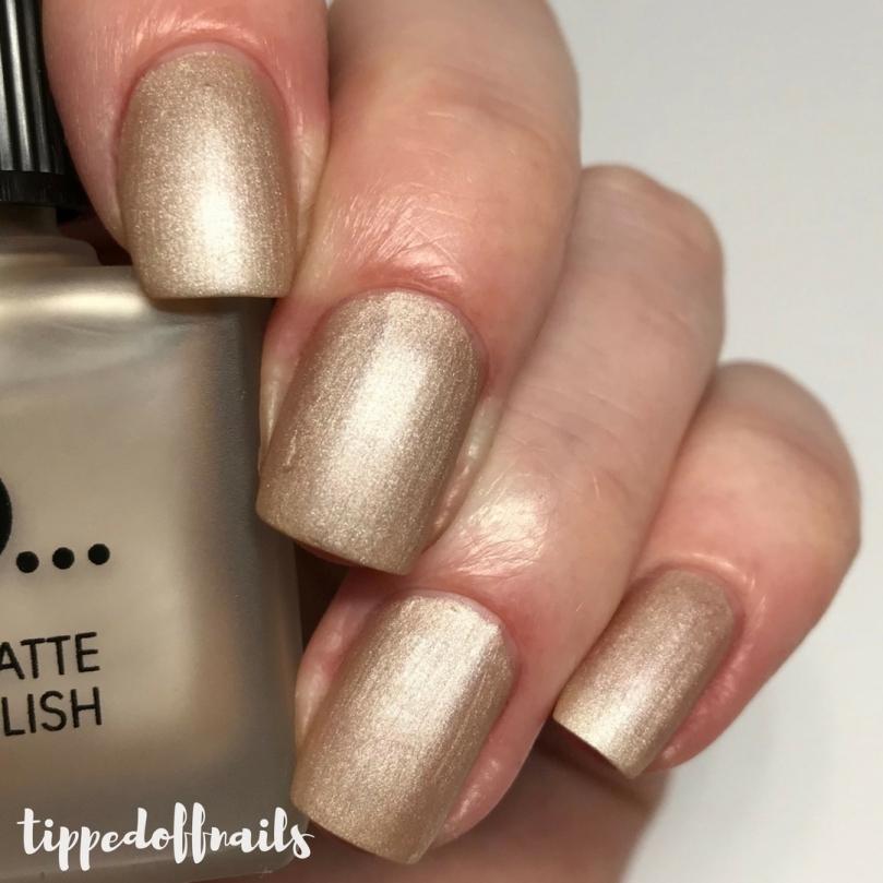 Primark PS Satin Matte nail polish Champagne Lifestyle