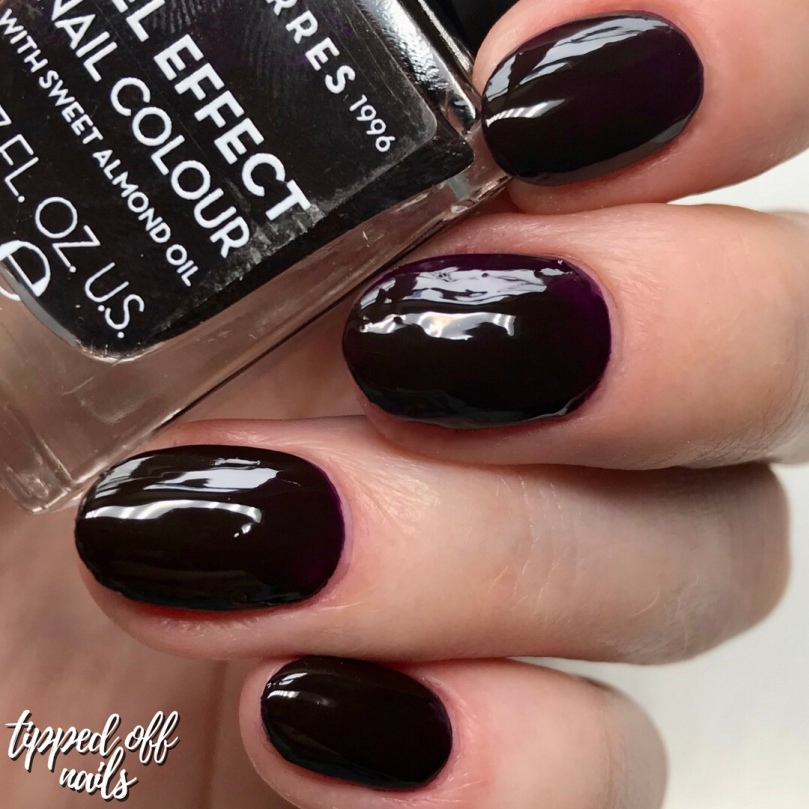 korres gel effect sweet almond nail lacquer - smokey plum swatch